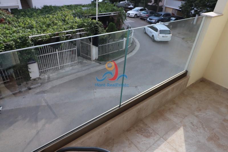 1568797778-Image_Izdavanje_Stanova_Budva_Rent_Apartment_Arenda_Kvartira_Montenegro12.JPG