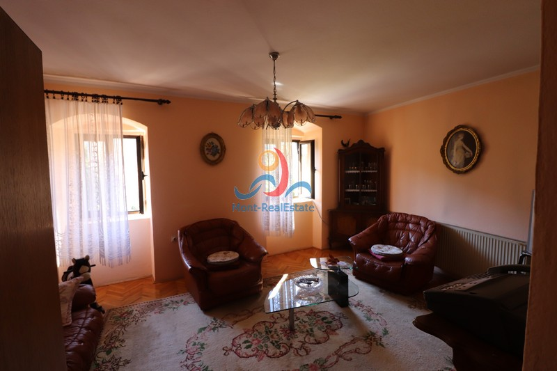 1583229457-Image_Sale_House_land_Montenegro_Kotor_Dobrota_Sea_view_Adriatic_Sea_Apartment_Realestate_Mont_Real_Budva059.JPG