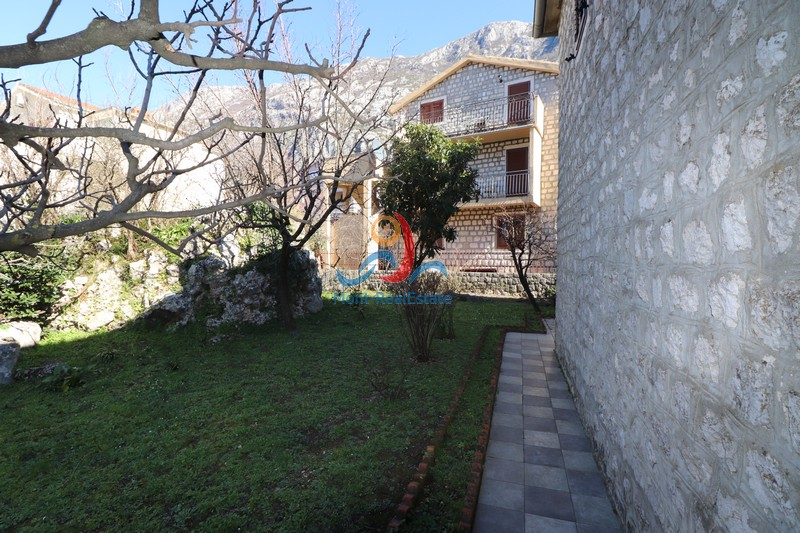 1583229460-Image_Sale_House_land_Montenegro_Kotor_Dobrota_Sea_view_Adriatic_Sea_Apartment_Realestate_Mont_Real_Budva035.JPG