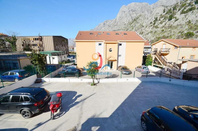1595501037-Image_Prodaja_Stan_Apartman_Koroe_Skaljari_Crna_Gora_Sale_Montenegro18.jpg