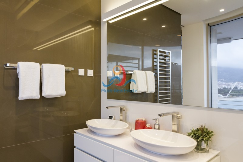 1602063632-Image_Budva_Montenegro_Penthouse_Luxury_Sale_Dukley_Apartment_Realestate_Investment5.jpg